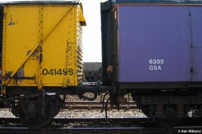 Photo of 041498 & 6395 detail