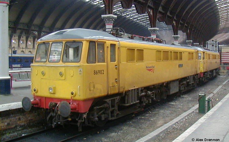 Photo of 86902 at York