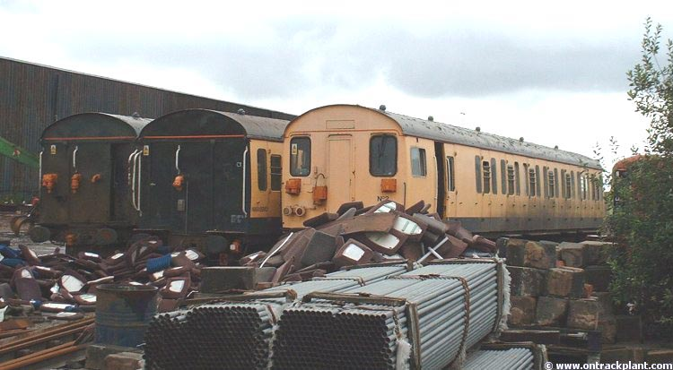 Photo of 977349, 977346 (6910) & 977350 at Immingham Railfreight Terminal