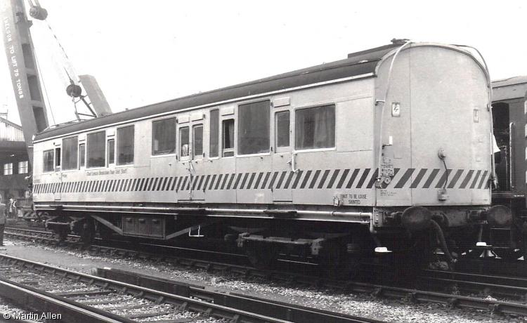 Photo of ADS 70122 at Ashford Chart Leacon