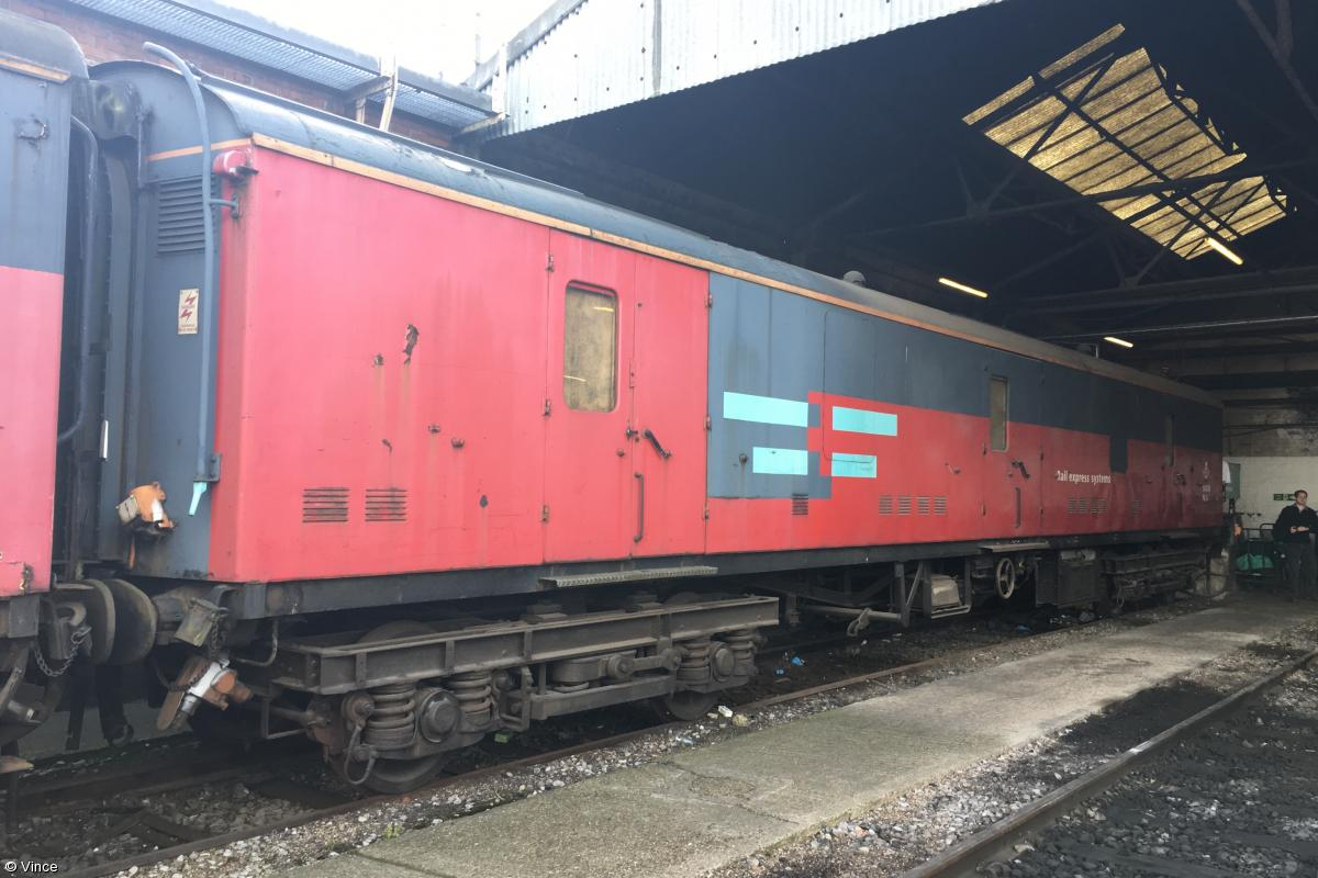 Photo of 94006 at Old Oak Common