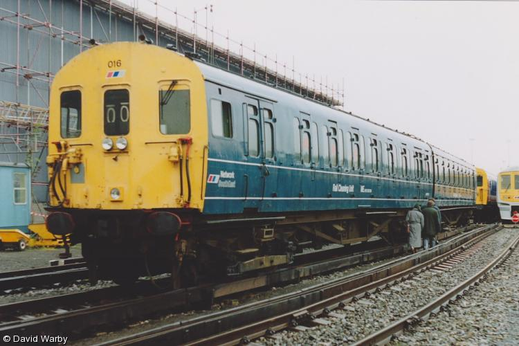 Photo of 977533 & 977534 at Wimbledon Depot
